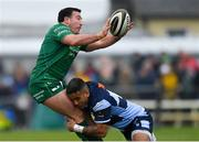 13 April 2019; Denis Buckley of Connacht is tackled by Rey Lee-Lo of Cardiff Blues during the Guinness PRO14 Round 20 match between Connacht and Cardiff Blues at The Sportsground in Galway. Photo by Piaras Ó Mídheach/Sportsfile