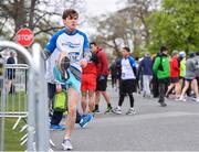 14 April 2019; Alan Outram warms up ahead of the Great Ireland Run 2019 in conjunction with AAI National 10k Championships at Phoenix Park in Dublin. Photo by Sam Barnes/Sportsfile