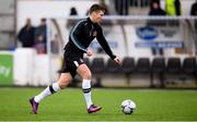 15 April 2019; Patrick McEleney of Dundalk warms-up prior to the SSE Airtricity League Premier Division match between Dundalk and Bohemians at Oriel Park in Dundalk, Louth. Photo by Stephen McCarthy/Sportsfile