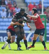 20 April 2019; Maro Itoje of Saracens is tackled by Conor Murray, left, and Tyler Bleyendaal of Munster during the Heineken Champions Cup Semi-Final match between Saracens and Munster at the Ricoh Arena in Coventry, England. Photo by Brendan Moran/Sportsfile