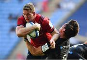 20 April 2019; Chris Farrell of Munster is tackled by Michael Rhodes of Saracens during the Heineken Champions Cup Semi-Final match between Saracens and Munster at the Ricoh Arena in Coventry, England. Photo by David Fitzgerald/Sportsfile