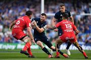21 April 2019; Robbie Henshaw of Leinster, supported by team-mate Garry Ringrose, in action against Rynhardt Elstadt and Sofiane Guitoune of Toulouse during the Heineken Champions Cup Semi-Final match between Leinster and Toulouse at the Aviva Stadium in Dublin. Photo by Brendan Moran/Sportsfile