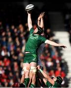 4 May 2019; Eoin McKeon of Connacht contests a line-out against Nick Timoney of Ulster during the Guinness PRO14 quarter-final match between Ulster and Connacht at Kingspan Stadium in Belfast. Photo by David Fitzgerald/Sportsfile