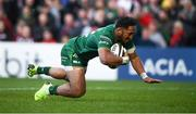 4 May 2019; Bundee Aki of Connacht scores his side's first try during the Guinness PRO14 quarter-final match between Ulster and Connacht at Kingspan Stadium in Belfast. Photo by David Fitzgerald/Sportsfile