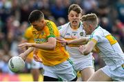 12 May 2019; Shane McEntee of Meath in action against Johnny Moloney, centre, and David Dempsey of Offaly during the Leinster GAA Football Senior Championship Round 1 match between Meath and Offaly at Páirc Tailteann, Navan in Meath. Photo by Brendan Moran/Sportsfile