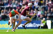 12 May 2019; Jason Flynn of Galway gets past David English of Carlow during the Leinster GAA Hurling Senior Championship Round 1 match between Galway and Carlow at Pearse Stadium in Galway. Photo by Piaras Ó Mídheach/Sportsfile