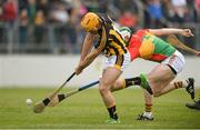 19 May 2019; Colin Fennelly of Kilkenny in action against Paul Doyle of Carlow during the Leinster GAA Hurling Senior Championship Round 2 match between Carlow and Kilkenny at Netwatch Cullen Park in Carlow. Photo by Ben McShane/Sportsfile