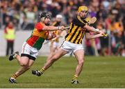19 May 2019; Richie Leahy of Kilkenny in action against Seamus Murphy of Carlow during the Leinster GAA Hurling Senior Championship Round 2 match between Carlow and Kilkenny at Netwatch Cullen Park in Carlow. Photo by Ben McShane/Sportsfile