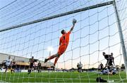 20 May 2019; James Talbot of Bohemians makes a save during the SSE Airtricity League Premier Division match between Dundalk and Bohemians at Oriel Park in Dundalk, Louth. Photo by Ramsey Cardy/Sportsfile