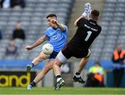 9 June 2019; Cormac Costello of Dublin takes a shot on goal that was saved by Kildare goalkeeper Mark Donnellan during the Leinster GAA Football Senior Championship Semi-Final match between Dublin and Kildare at Croke Park in Dublin. Photo by Piaras Ó Mídheach/Sportsfile