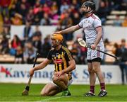9 June 2019; Galway goalkeeper Colm Callanan and Colin Fennelly of Kilkenny during the Leinster GAA Hurling Senior Championship Round 4 match between Kilkenny and Galway at Nowlan Park in Kilkenny. Photo by Ray McManus/Sportsfile