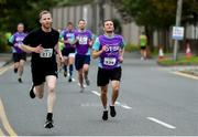 12 June 2019; Alan Weldon of AIB, left, and Michael Twohig of GE Healthcare during the Grant Thornton Corporate 5K Team Challenge, Cork City, The South Mall in Cork City. Photo by Piaras Ó Mídheach/Sportsfile