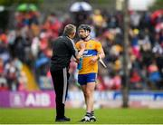 16 June 2019; Tony Kelly of Clare speaking with Clare joint manager Donal Moloney during the Munster GAA Hurling Senior Championship Round 5 match between Clare and Cork at Cusack Park in Ennis, Clare. Photo by Eóin Noonan/Sportsfile