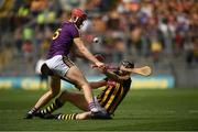 30 June 2019; Paudie Foley of Wexford in action against Walter Walsh of Kilkenny during the Leinster GAA Hurling Senior Championship Final match between Kilkenny and Wexford at Croke Park in Dublin. Photo by Ramsey Cardy/Sportsfile