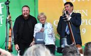 23 July 2019; The 2019 Open Champion Shane Lowry and his grandmother Emily Scanlon with MC Des Cahill at his homecoming event in Clara in Offaly. Photo by Piaras Ó Mídheach/Sportsfile