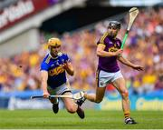 28 July 2019; Barry Heffernan of Tipperary in action against Liam Óg McGovern of Wexford during the GAA Hurling All-Ireland Senior Championship Semi Final match between Wexford and Tipperary at Croke Park in Dublin. Photo by Seb Daly/Sportsfile