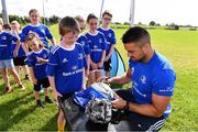 31 July 2019; Leinster player Cian Kelleher with participants during the Bank of Ireland Leinster Rugby Summer Camp at Tullamore RFC in Tullamore, Offaly. Photo by Matt Browne/Sportsfile