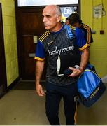 4 August 2019; Roscommon manager Anthony Cunningham arrives with his team before the GAA Football All-Ireland Senior Championship Quarter-Final Group 2 Phase 3 match between Cork and Roscommon at Páirc Uí Rinn in Cork. Photo by Matt Browne/Sportsfile