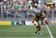 27 July 2019; TJ Reid of Kilkenny scores a point from a sideline during the GAA Hurling All-Ireland Senior Championship Semi-Final match between Kilkenny and Limerick at Croke Park in Dublin. Photo by Piaras Ó Mídheach/Sportsfile