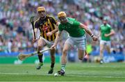 27 July 2019; Richie English of Limerick in action against Colin Fennelly of Kilkenny during the GAA Hurling All-Ireland Senior Championship Semi-Final match between Kilkenny and Limerick at Croke Park in Dublin. Photo by Piaras Ó Mídheach/Sportsfile