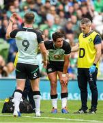 10 August 2019; Joey Carbery of Ireland receives medical attention during the Guinness Summer Series 2019 match between Ireland and Italy at the Aviva Stadium in Dublin. Photo by David Fitzgerald/Sportsfile