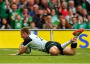 10 August 2019; Kieran Marmion of Ireland dives over to score his side's fifth try during the Guinness Summer Series 2019 match between Ireland and Italy at the Aviva Stadium in Dublin. Photo by Seb Daly/Sportsfile