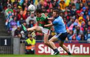 10 August 2019; Diarmuid O'Connor of Mayo in action against Jack McCaffrey of Dublin during the GAA Football All-Ireland Senior Championship Semi-Final match between Dublin and Mayo at Croke Park in Dublin. Photo by Sam Barnes/Sportsfile