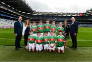 10 August 2019; INTO General Secretary John Boyle, LGFA Chief Executive Helen O'Rourke, Cumann na mBunscol President Mairéad O'Callaghan, Uachtarán Chumann Lúthchleas Gael John Horan, with the Mayo team, back row, left to right, Lorcan Mone, Scoil Mhuire mBuachaillí, Castleblayney, Monaghan, Ruairí Ó hAiniféin, Gaelscoil Mhic Easmainn, Trá Lí, Co Chiarraí, representing Mayo, Cillian Twohig, Kilmeen NS, Clonakilty ,Cork, representing Mayo, Elliot Friel, Scoil Iosag·in Buncrana, Inishowen, Donegal, representing Mayo, Charlie McGrath, Ballyholland PS,Newry, Down, representing Mayo, front row, left to right, Darragh McCormack, St. Brigidís NS, Drumcong, Leitrim, representing Mayo, Ciarán Molloy, St. Josephís PS, Madden, Armagh, representing Mayo, Kobe McDonald, Crossmolina NS, Crossmolina, Mayo, Odhr·n McGovern, St Paulís PS, Irvinestown, Fermanagh, representing Mayo, Sean Gallahue, Anglesboro NS, Anglesboro, Limerick, representing Mayo, representing Mayo, ahead of the INTO Cumann na mBunscol GAA Respect Exhibition Go Games during the GAA Football All-Ireland Senior Championship Semi-Final match between Dublin and Mayo at Croke Park in Dublin. Photo by Daire Brennan/Sportsfile
