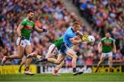 10 August 2019; Con O'Callaghan of Dublin in action against Lee Keegan and Aidan O'Shea, left, of Mayo during the GAA Football All-Ireland Senior Championship Semi-Final match between Dublin and Mayo at Croke Park in Dublin. Photo by Stephen McCarthy/Sportsfile