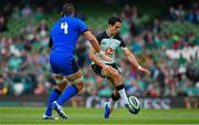 10 August 2019; Joey Carbery of Ireland in action against Alessandro Zanni of Italy during the Guinness Summer Series 2019 match between Ireland and Italy at the Aviva Stadium in Dublin. Photo by Brendan Moran/Sportsfile