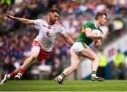 11 August 2019; Tom O'Sullivan of Kerry in action against Mattie Donnelly of Tyrone uring the GAA Football All-Ireland Senior Championship Semi-Final match between Kerry and Tyrone at Croke Park in Dublin. Photo by Stephen McCarthy/Sportsfile