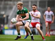 11 August 2019; Tommy Walsh of Kerry and Pádraig Hampsey of Tyrone during the GAA Football All-Ireland Senior Championship Semi-Final match between Kerry and Tyrone at Croke Park in Dublin. Photo by Stephen McCarthy/Sportsfile