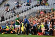 11 August 2019; Stephen O'Brien of Kerry shakes hands with Kerry manager Peter Keane after being shown a black card by referee Maurice Deegan during the GAA Football All-Ireland Senior Championship Semi-Final match between Kerry and Tyrone at Croke Park in Dublin. Photo by Eóin Noonan/Sportsfile