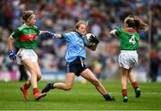 10 August 2019; Sarah Clarke, Farnham NS. Drumelis, Cavan, representing Dublin,  in action against Caoimhe Kelly, Mullaghrafferty, Carrickmacross, Monaghan, representing Mayo, and Caoimhe Gollogly, Our Lady's & St. Mochua's PS, Derrynoose, Armagh, representing Mayo, during the INTO Cumann na mBunscol GAA Respect Exhibition Go Games during the GAA Football All-Ireland Senior Championship Semi-Final match between Dublin and Mayo at Croke Park in Dublin. Photo by Ray McManus/Sportsfile