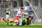 11 August 2019; Daniel Carr, St Patrick's, Mayobridge, Newry, Down, representing Tyrone, and Jake Heffernan, Scoil Bhríde Dubh, Áth Duagh, Kerry, representing Kerry, during the INTO Cumann na mBunscol GAA Respect Exhibition Go Games at half-time of the GAA Football All-Ireland Senior Championship Semi-Final match between Kerry and Tyrone at Croke Park in Dublin. Photo by Stephen McCarthy/Sportsfile