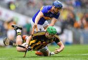 18 August 2019; Paul Murphy of Kilkenny in action against Jason Forde of Tipperary during the GAA Hurling All-Ireland Senior Championship Final match between Kilkenny and Tipperary at Croke Park in Dublin. Photo by Piaras Ó Mídheach/Sportsfile