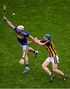 18 August 2019; Seán O'Brien of Tipperary in action against John Donnelly of Kilkenny during the GAA Hurling All-Ireland Senior Championship Final match between Kilkenny and Tipperary at Croke Park in Dublin. Photo by Daire Brennan/Sportsfile