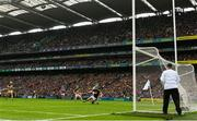18 August 2019; John O'Dwyer of Tipperary scores his side's third goal despite the attention of Eoin Murphy of Kilkenny the GAA Hurling All-Ireland Senior Championship Final match between Kilkenny and Tipperary at Croke Park in Dublin. Photo by Ray McManus/Sportsfile