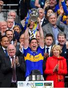 18 August 2019; Tipperary captain Séamus Callanan lifts the Liam MacCarthy cup after the GAA Hurling All-Ireland Senior Championship Final match between Kilkenny and Tipperary at Croke Park in Dublin. Photo by Brendan Moran/Sportsfile