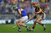 18 August 2019; Noel McGrath of Tipperary handpasses the sliotar backwards behind Cillian Buckley of Kilkenny during the GAA Hurling All-Ireland Senior Championship Final match between Kilkenny and Tipperary at Croke Park in Dublin. Photo by Brendan Moran/Sportsfile