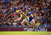 18 August 2019; Richie Leahy of Kilkenny and Cathal Barrett of Tipperary during the GAA Hurling All-Ireland Senior Championship Final match between Kilkenny and Tipperary at Croke Park in Dublin. Photo by Stephen McCarthy/Sportsfile