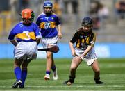 18 August 2019; Sarah McHugh, St Josephs NS, Boyerstown, Meath, representing Kilkenny, centre, during the INTO Cumann na mBunscol GAA Respect Exhibition Go Games prior to the GAA Hurling All-Ireland Senior Championship Final match between Kilkenny and Tipperary at Croke Park in Dublin. Photo by Piaras Ó Mídheach/Sportsfile