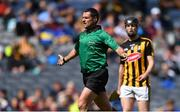 18 August 2019; Referee Patrick Murphy signals for a penalty to Galway during the Electric Ireland GAA Hurling All-Ireland Minor Championship Final match between Kilkenny and Galway at Croke Park in Dublin. Photo by Piaras Ó Mídheach/Sportsfile