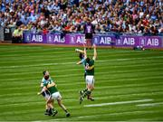 1 September 2019; David Moran and Jack Barry of Kerry contest the throw in with Michael Darragh Macauley and Brian Fenton of Dublin to start the GAA Football All-Ireland Senior Championship Final match between Dublin and Kerry at Croke Park in Dublin. Photo by Ray McManus/Sportsfile