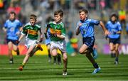 1 September 2019; Killian Mulvey, Fenagh NS, Ballinamore, Leitrim, representing Kerry, and Jamie Coakley, Bishop Foley NS, Station Rd, Carlow, representing Dublin, during the INTO Cumann na mBunscol GAA Respect Exhibition Go Games at the GAA Football All-Ireland Senior Championship Final match between Dublin and Kerry at Croke Park in Dublin. Photo by Piaras Ó Mídheach/Sportsfile