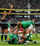 7 September 2019; Rob Kearney of Ireland is congratulated by team-mate on scoring their side's first try during the Guinness Summer Series match between Ireland and Wales at Aviva Stadium in Dublin. Photo by Brendan Moran/Sportsfile