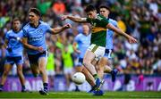14 September 2019; Paul Geaney of Kerry has a shot on goal during the GAA Football All-Ireland Senior Championship Final Replay match between Dublin and Kerry at Croke Park in Dublin. Photo by David Fitzgerald/Sportsfile