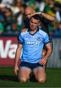 14 September 2019; Cormac Costello of Dublin with team physio Kieran O'Reilly after picking up a knock in the warm-up before the GAA Football All-Ireland Senior Championship Final Replay between Dublin and Kerry at Croke Park in Dublin. Photo by Piaras Ó Mídheach/Sportsfile
