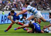 21 September 2019; Antoine Dupont of France on his way to scoring his side's second try during the 2019 Rugby World Cup Pool C match between France and Argentina at the Tokyo Stadium in Chofu, Japan. Photo by Brendan Moran/Sportsfile