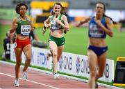 5 October 2019; Ciara Mageean of Ireland, centre, on her way to the finishing the Women's 1500m Final during day nine of the 17th IAAF World Athletics Championships Doha 2019 at the Khalifa International Stadium in Doha, Qatar. Photo by Sam Barnes/Sportsfile